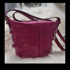 Marc Jacobs Bags - NWT.  MARC JACOBS BUCKET BAG HOT PINK